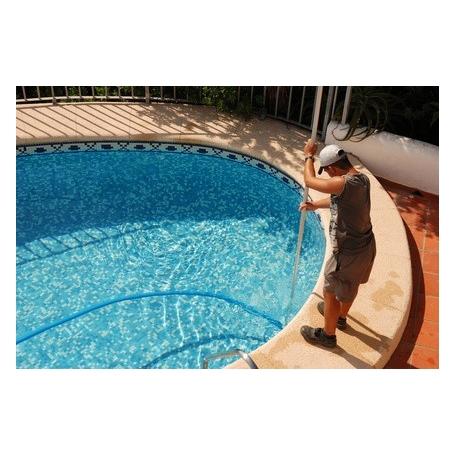 Analyse de l'eau de votre piscine + nettoyage sommaire du bassin