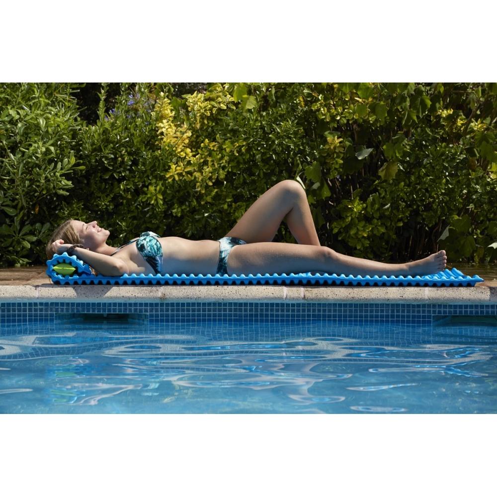 Matelas mousse design pour piscine et plage for Chauffage piscine flottant