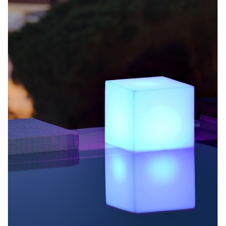Cube lumineux extérieur